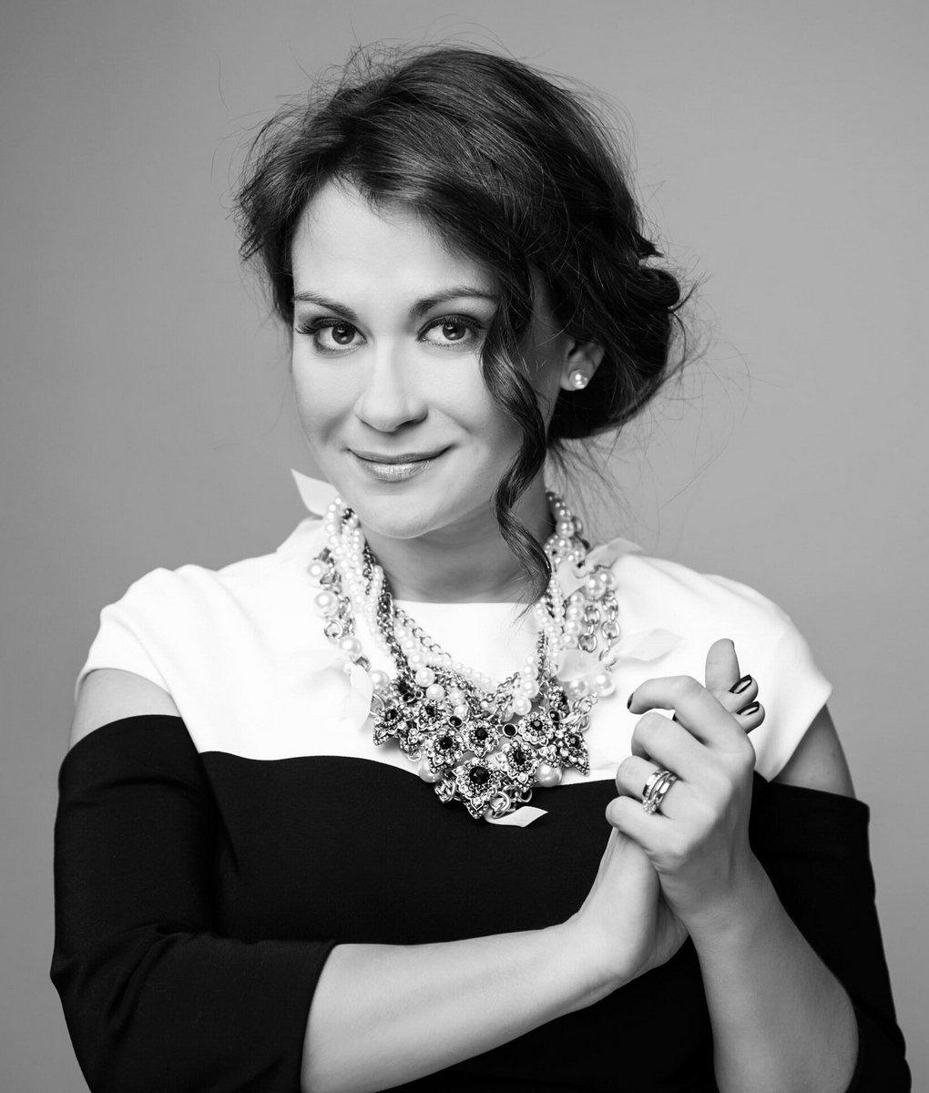 Evelina Sasenko1
